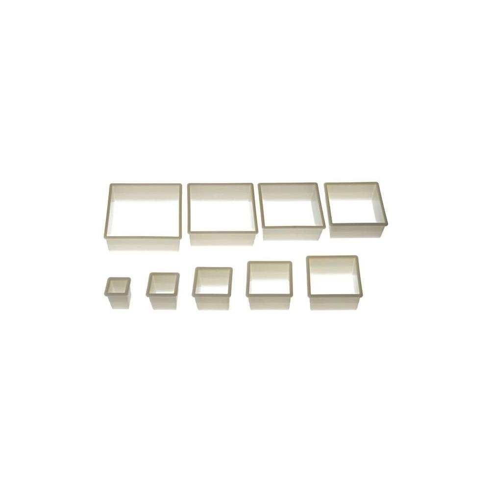 Set d'emporte-pièces carré cannelé x9