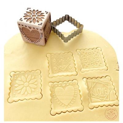 Tampon en bois pour biscuit + découpoir